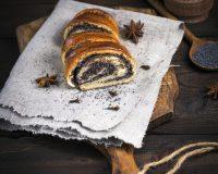 Bejgli, ami nem reped meg A következő bejgli recept 4 rúd tökéletes süteménnyel örvendeztet majd meg.