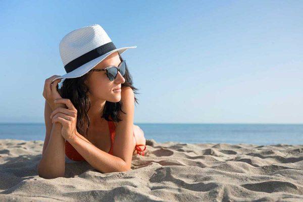Jó tanácsok napozáshoz: Hogyan napozz biztonságosan?